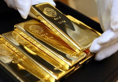 Từ 15 tháng 05 năm 2014, cá nhân Việt Nam xuất cảnh bằng hộ chiếu không được phép mang theo vàng miếng