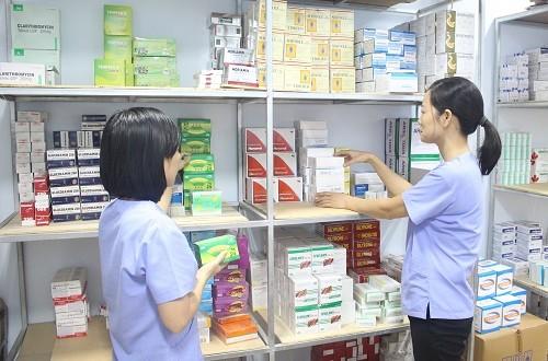 Có được mở quầy thuốc khi chỉ có bằng trung cấp Dược-sblaw