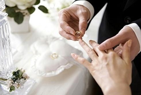 Khi đang hưởng án treo thì có được kết hôn không-sblaw